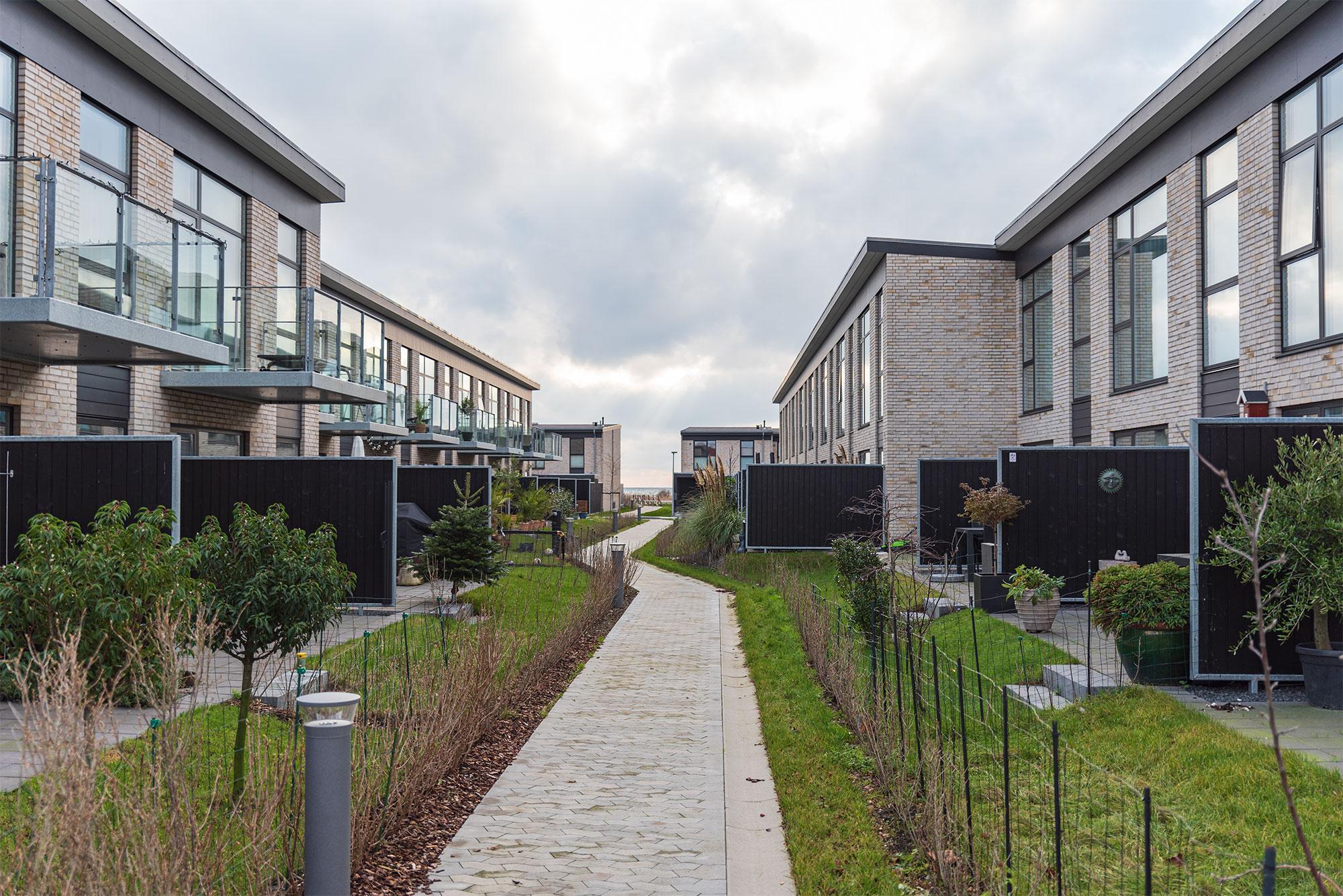 Hvor Skolen ved Vierdiget engang lå, er der nu boligkvarter med rækkehuse. Arkivfoto: Thomas Mose.