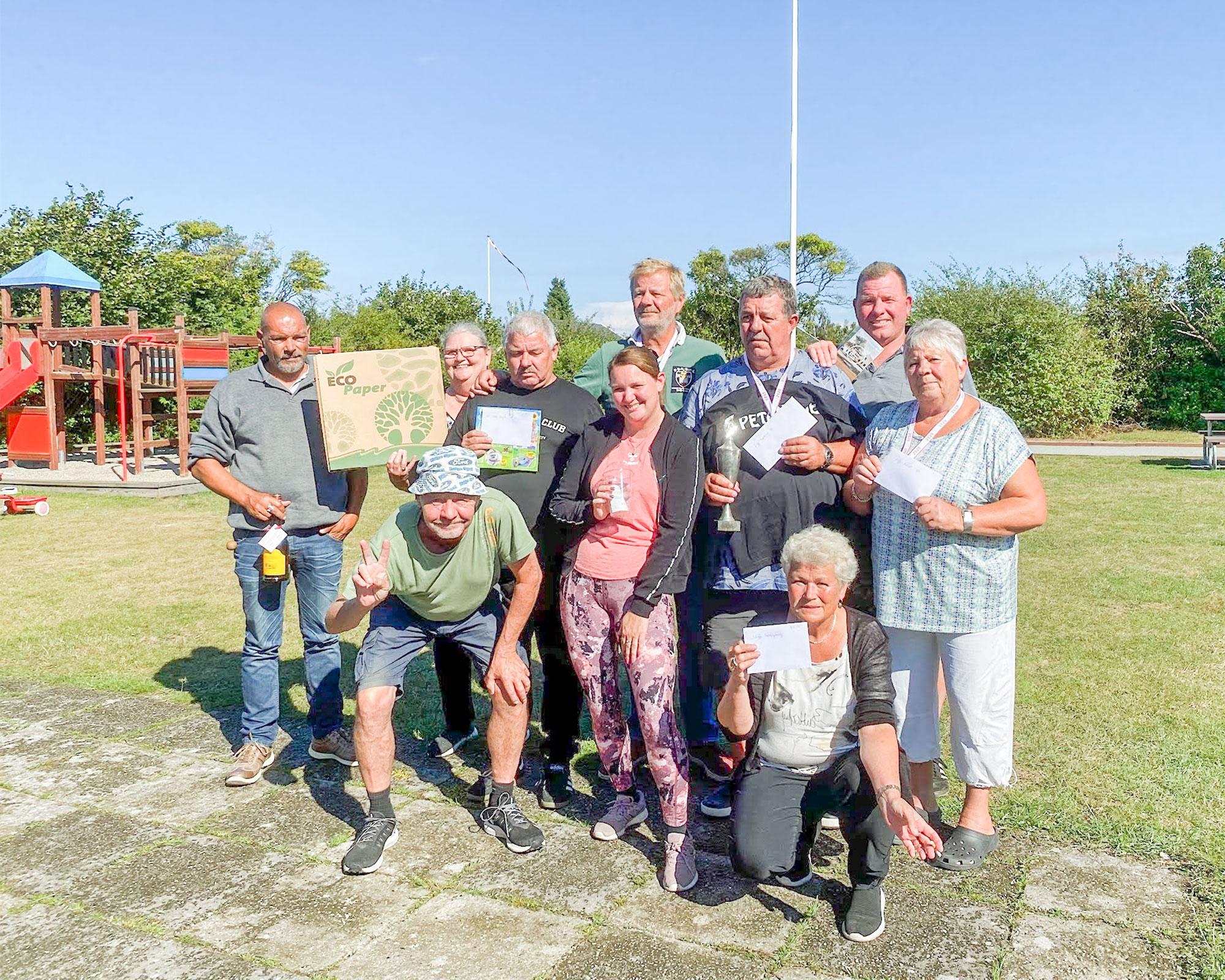 Deltagerne i årets »Petanque-VM-mesterskaberne« i Haveforeningen Maglebylund kunne efter turneringen fremvise »høsten«.