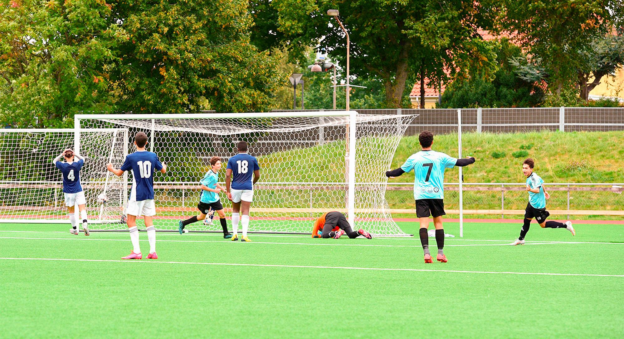 A27's U/17-hold scorer ét af deres to mål mod Fremad Amager Elite.