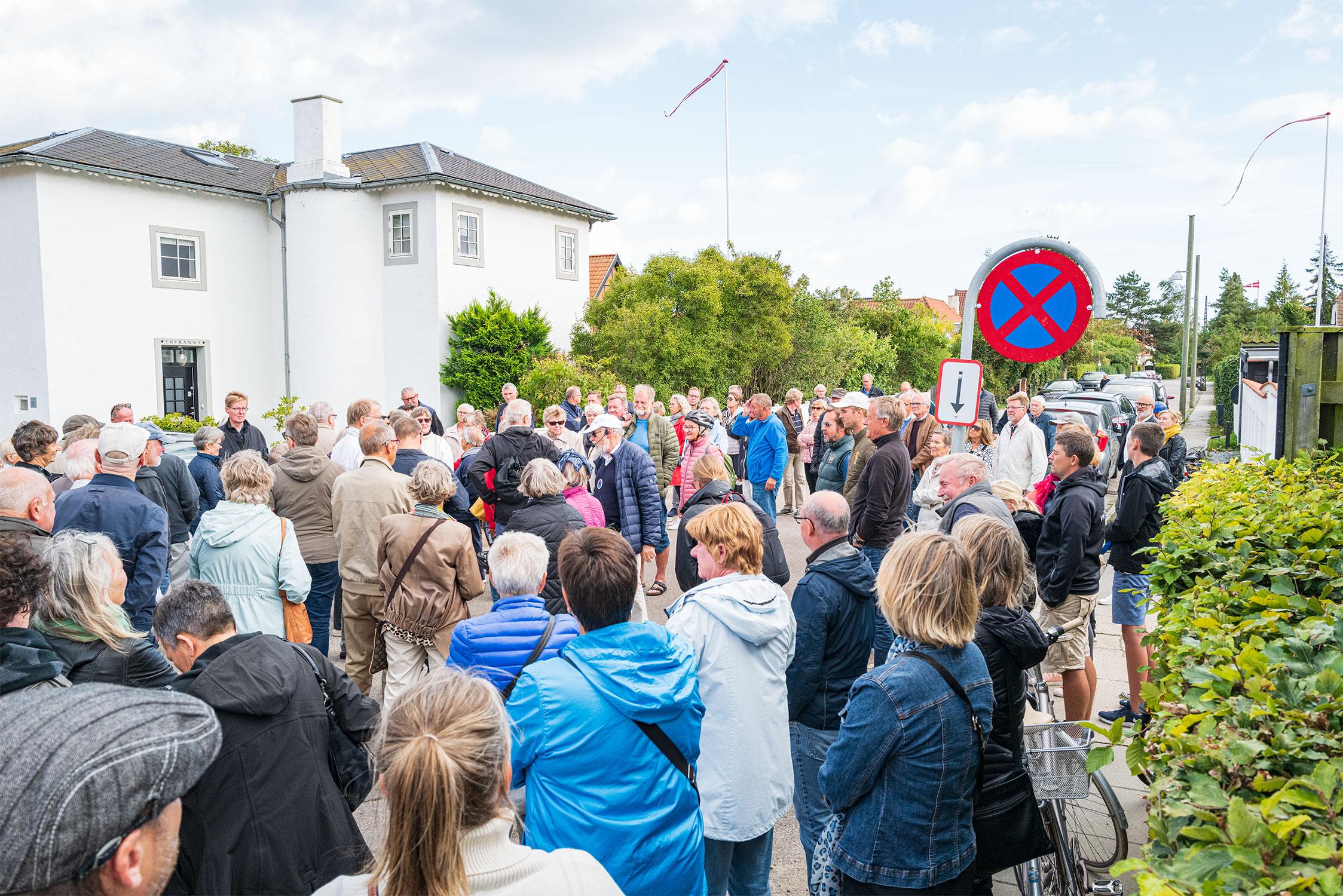 Byvandringen med Dines Bogø var et af de mange arrangementer, der trak et stort publikum ved sidste års kulturnat. Arkivfoto: TorbenStender.