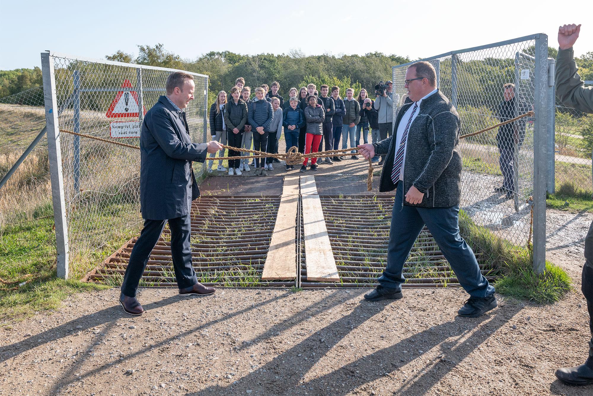 Allan S. Andersen, borgmester i Tårnby, og Eik Dahl Bidstrup, borgmester i Dragør, åbner Amarminoen. Foto: TorbenStender.